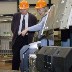 Director of the School for ITER visits JET