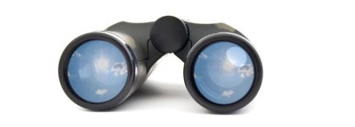 picture of field glasses