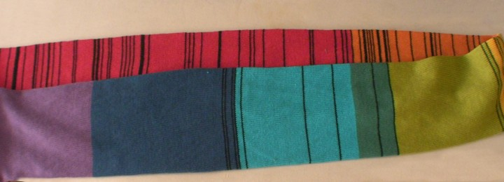 Scarf representing the absorption spectrum of tungsten at visible wavelengths