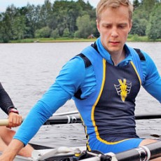 Eero Hirvijoki (right) is a third year PhD student in the Department of Applied Physics at Aalto University, Finland. When he is not operating supercomputers to simulate fast ions in fusion plasmas, he is out rowing on the bay next to the campus. (Image: Olli Nykänen)