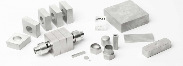 KIT researchers have produced various tungsten components using Powder Injection Moulding (Image: KIT, Tanja Meißner)
