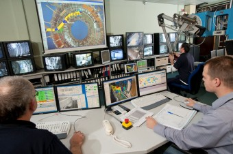 VR in use during real in-vessel operations at the JET Remote Handling Control Room. Picture: © protected by United Kingdom Atomic Energy Authority