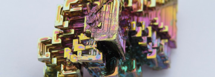 While Beryllium and Lead may hold the honors of being tested in upcoming DEMO breeding blankets, Bismuth (picture) is the undoubtedly most colorful of neutron multipliers. Picture: Wikimedia, Hans Braxmeier
